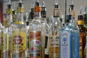 bottles-555717_1920